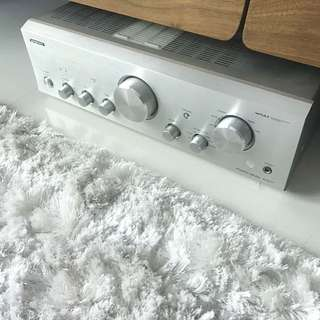 ONKYO stereo integrated amp 9377