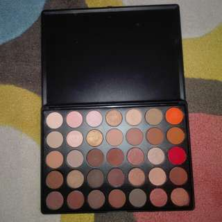 Morphe 350 Eyeshadow Pallete (sale) with free one month netflix