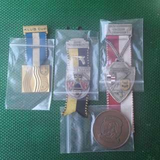 4 medals . For $22