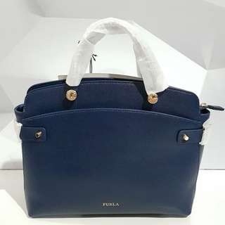 AUTHENTIC FURLA Med Navy @2.550.000 ONLY😍😍😍