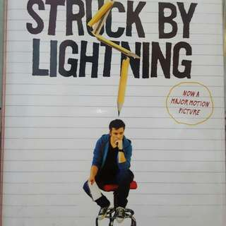 Struck by Lightning - Chris Colfer (Hardbound)