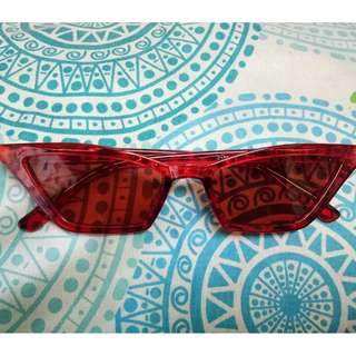 Fashionable Sunnies - Red Cat Eye Sungglases