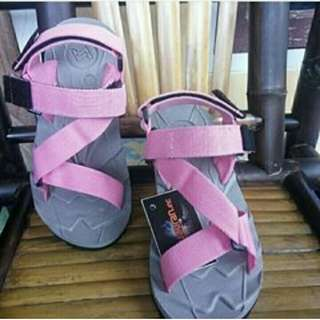 Sandal Gunung Suzuran Edge x Mr1 Grey w pink