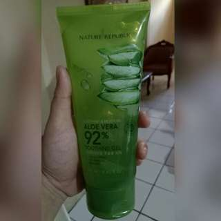 Aloe vera nature republic kemasan tube