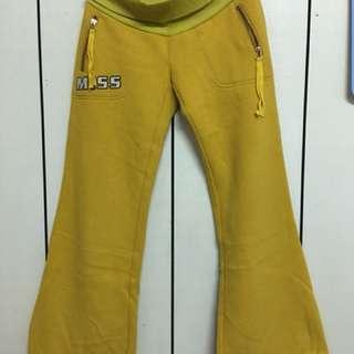 黃色腰圍羅紋反摺刷毛休閒褲