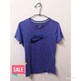 Nike 紫色漸層勾軟綿上衣 #換季五折