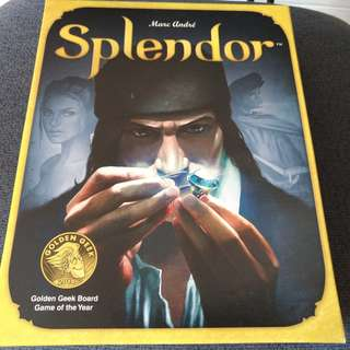 Splendor card game  (Almost new condition ) mint *