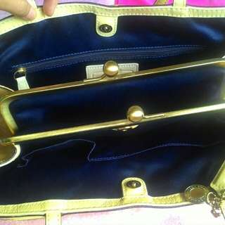 AUTHENTIC Coach  Bag reprice 8k