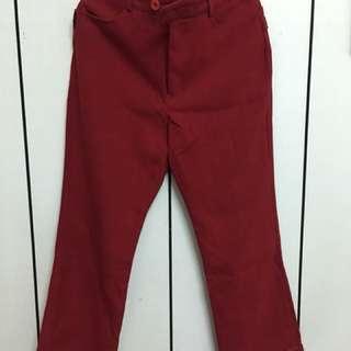 紅色8分喇叭褲