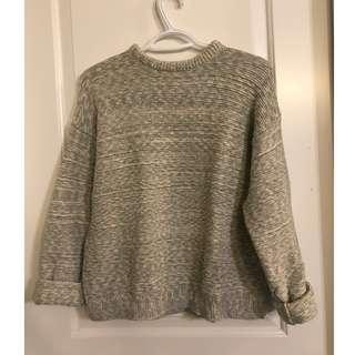 Noul Oversized Sweater