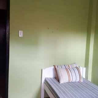Room for rent near greenhills