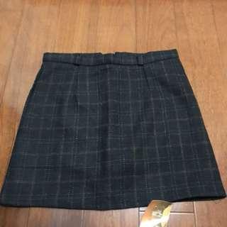 格紋a字裙(有內裡安全褲)