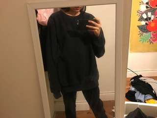 OVER SIZED BLACK SWEATER