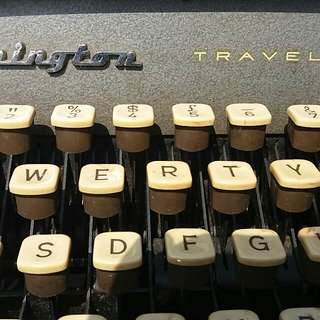 Remington typewriter雷明登 打字機