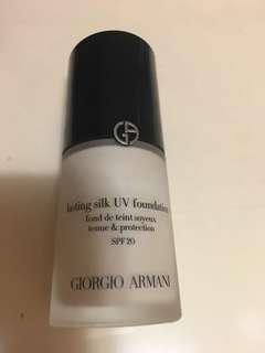 Giorgio Armani 粉底液