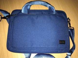 HALO Laptop case - 13 inch Macbook Pro