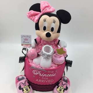 Large Minnie Mouse Diapers cake
