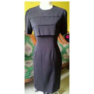 Vintage dress hitam