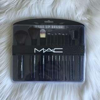 Mac brush kotak