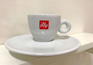 6 sets - NEW - Illy Logo 3oz Espresso Cups & Plates - 6 sets