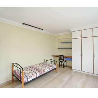 Pasir Ris Elias Rd - Big and Clean Room For Rent, Very Comfortable