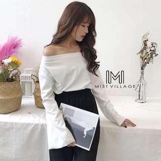 全新韓版喇叭袖ㄧ字領上衣(剩白、黑各一)