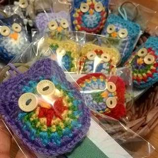 Crochet owl leather keychain.
