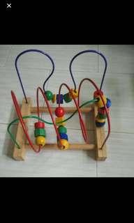 Preloved Kids Motor Skill Toy (9/10)