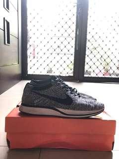Nike flyknit oreo size 42 1:1