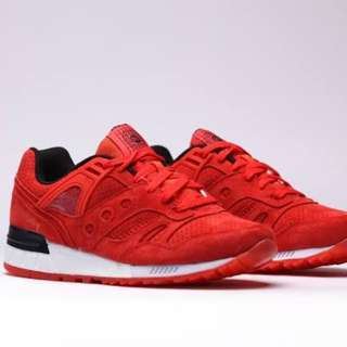 Saucony SD Red