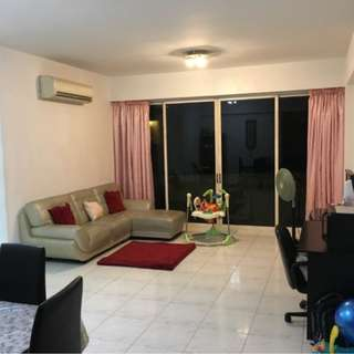 Near Beauty World MRT Bukit Regency 2 Bedders For Rent Direct Bus 75 To Ngee Ann Poly & SIM Campus Fully Furnished With Air Con
