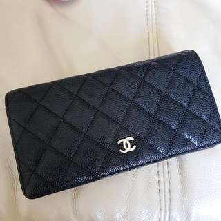 CHANEL Caviar Classic Flap Wallet Authentic