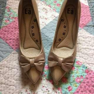 降(全新)專櫃EA裸色蝴蝶結高跟鞋