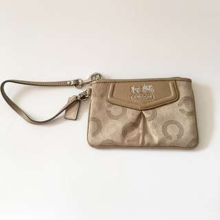 Authentic COACH Pleated Ashley Op Art & Leather Wristlet in Tan