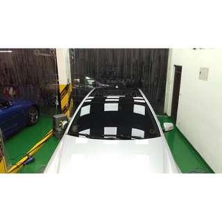 【騰信車體包膜】M-Benz W212 車頂美國Avery高亮黑包膜