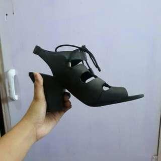 Francoo sarto block heels