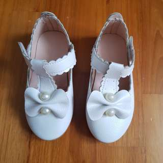 **Reduced** Girl Off White Shoes