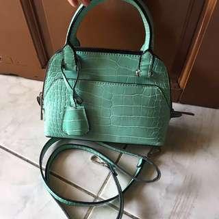 Sling bag croco ZARA