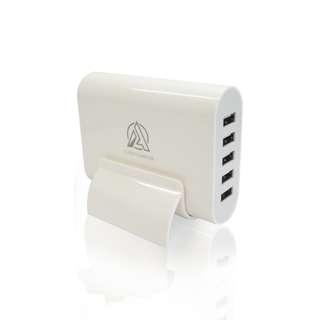 🚚 急速充電USB充電器5孔(5V/6A)