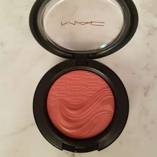 Mac Extra Dimension Blush in Autoerotique