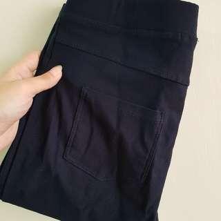 深藍緊身褲