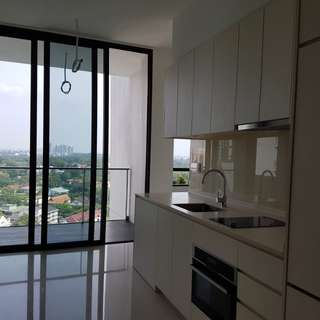 Newly Released Tower Block With Awesome View At The Crest For Sale!