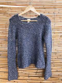 Item 001 / Blue Knitted Sweater