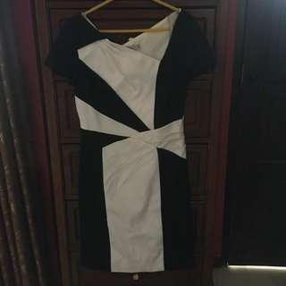 DRESS BY KAREN MILLEN