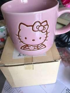 Hello Kitty 杯