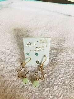 Star earrings from Japan ¥1365