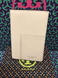 Tory Burch block t passport holder13x10cm