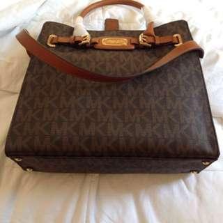 Michael Kors MK Hamilton Large Tote Handbag Purse