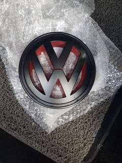 Front VW emblem