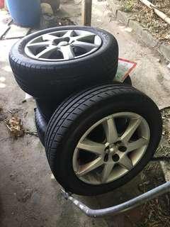 Prius原廠呔鈴連鈴蓋5x100